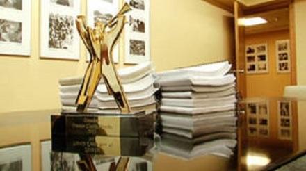 decision-jurado-Premio-Clarin-Novela_CLAVID20110930_0016_32