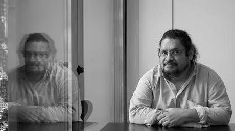 Juan-Carlos-Chirinos---Yo-quiero-ser-un-agente-fantasma--gonzalo-morales