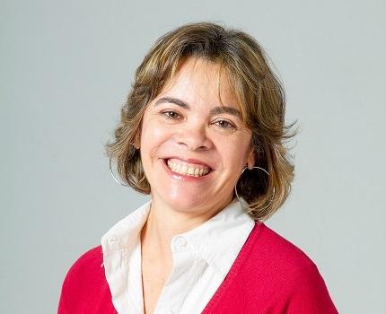 Angelica Alvaray_autora baja