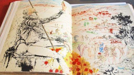"""Esta versión de """"El Quijote"""" tiene 12 litografías a color de Salvador Dalí. Todas ellas están firmadas en plancha por el famoso pintor surrealista."""